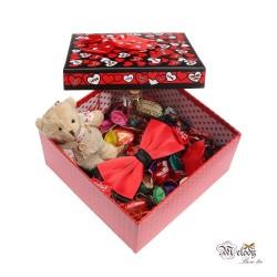 ست کادویی پاپیون قرمز مات و مشکی به همراه جعبه مربعی